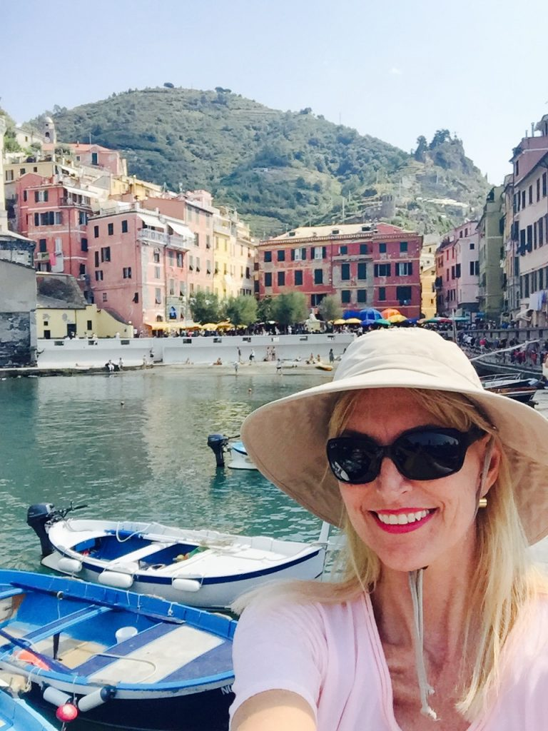 Vernazza!  I'm about to paint the town...